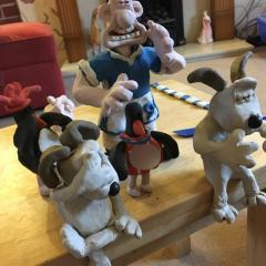 Gromit go for him!