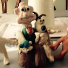 Wallace and Gromit meet morph and chas
