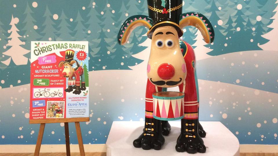 Win a Christmas Gromit with The Grand Appeal!